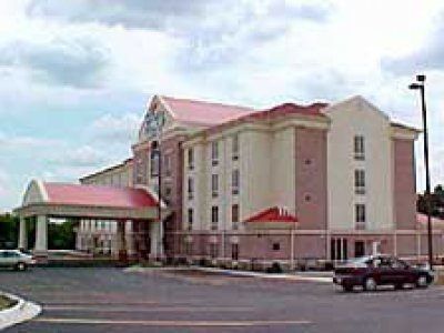 Holiday Inn Express Suites Hot Springs  01.[1]