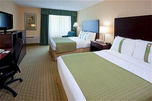 Holiday Inn Hasbrouck Heights  04.[1]