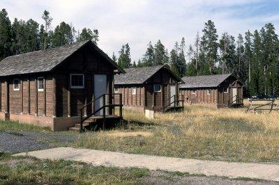 Lake Lodge Cabins 01.[1]