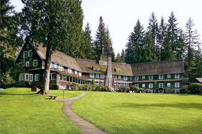 Lake Quinault Lodge 01.[1]