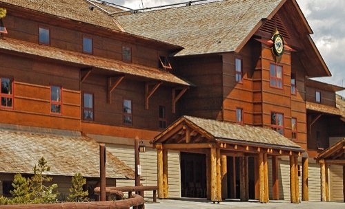 Old Faithful Snow Lodge 01.[1]