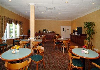 Quality Inn Savannah Midtown 06.[1]